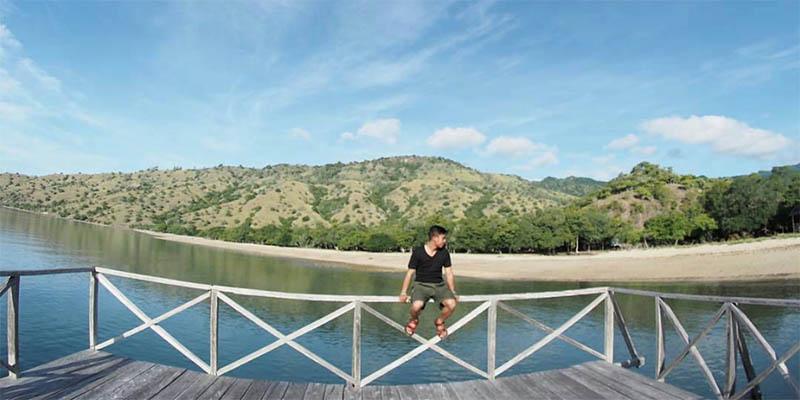 Lansekap Taman Nasional Komodo Flores Indonesia