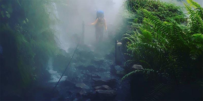 Air Panas di Jalur Pendakian