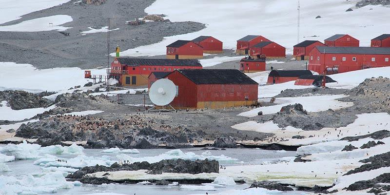 Camp Penelitian di Kutub Selatan