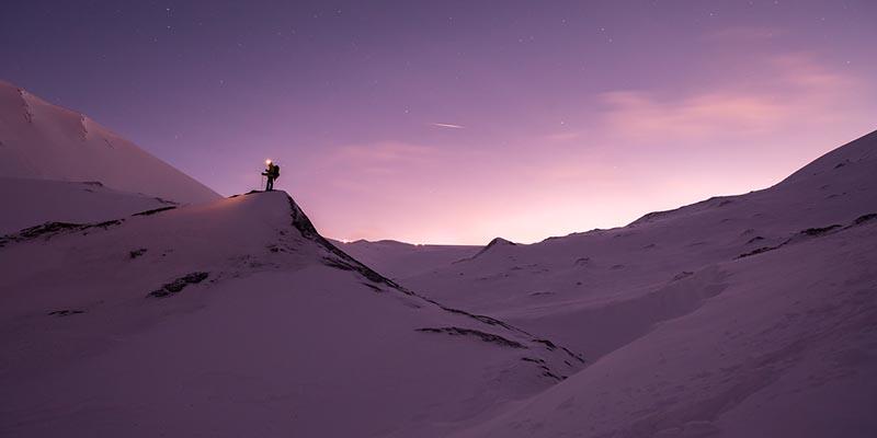 Keadaan Permukaan Es di Kutub Utara dan Kutub Selatan