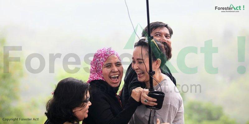Bahagia di Punthuk Setumbu merupakan hal yang mudah didapatkan