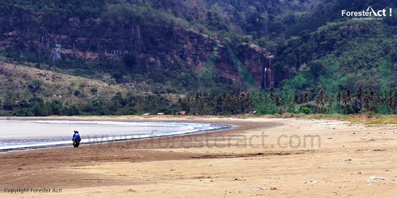 Pantai Palangpang Geopark Ciletuh