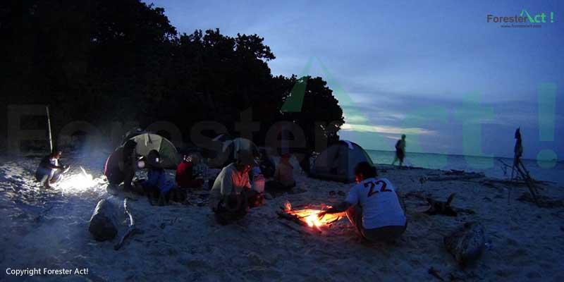 Berkemah di Sekitar Pulau Tidung