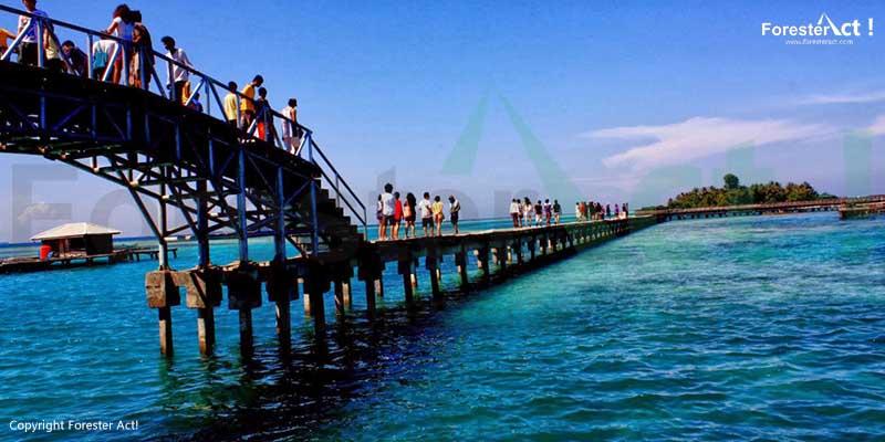 Jembatan Cinta di Pulau Tidung Kepulauan Seribu