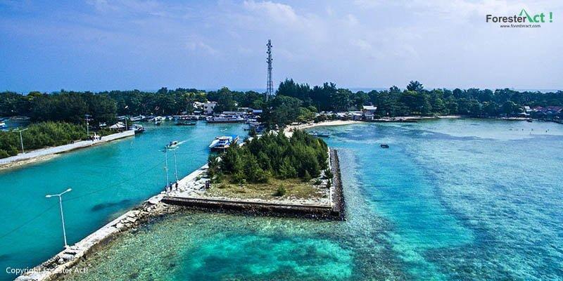Suasana Pulau Pari dari Udara