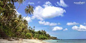 Biru Laut dan Langit di Pantai Sumur Tiga Sabang