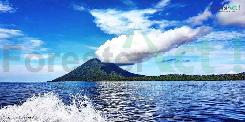 Gunung-Manado-Tua-di-Taman-Nasional-Laut-Bunaken