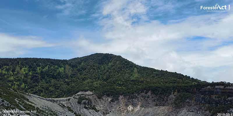 Lansekap Gunung Tangkuban Perahu