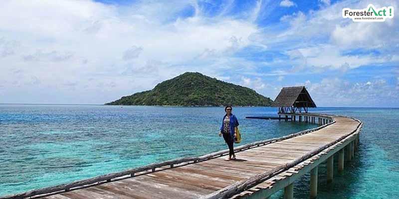 Dermaga di Pulau Bawah (instagram.com)