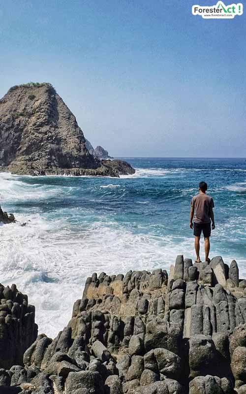 Pantai Telawas dan Batunya (instagram.com)