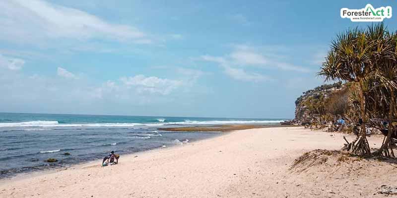 Pantai Sanglen (instagram.com)