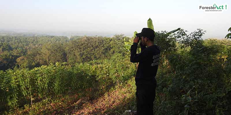 Berwisata menikmati burung di Hutan UNS (Sumber Dokumentasi Penulis)