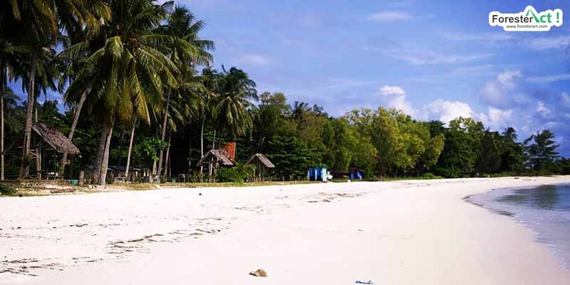 Pantai Nyiur Melambai (instagram.com)