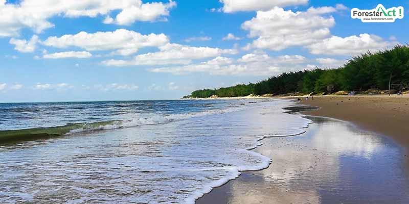 Pantai Slopeng (instagram.com)