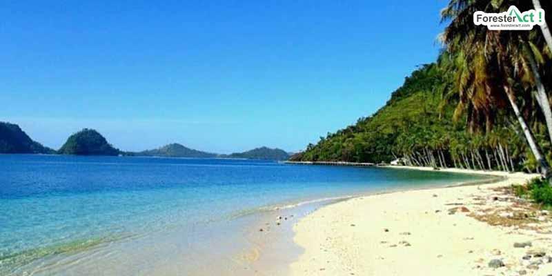 Pantai di Pulau Sikuai (instagram.com)